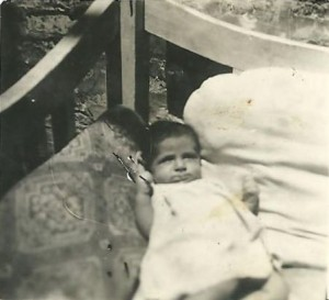 1940_Esther Baby1