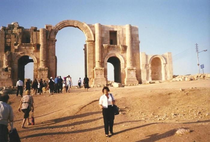 1998-10-08_Esther & Benny in Jordan