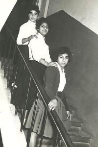 Esther & Yael2a